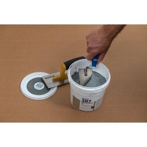 Eurocol afwerkpasta betonlook WallDesign 307 zand grijs 5kg