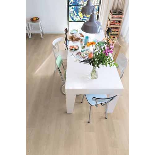 Parquet stratifié Quick-Step Complete Fresno chêne naturel 8mm 1,596m²