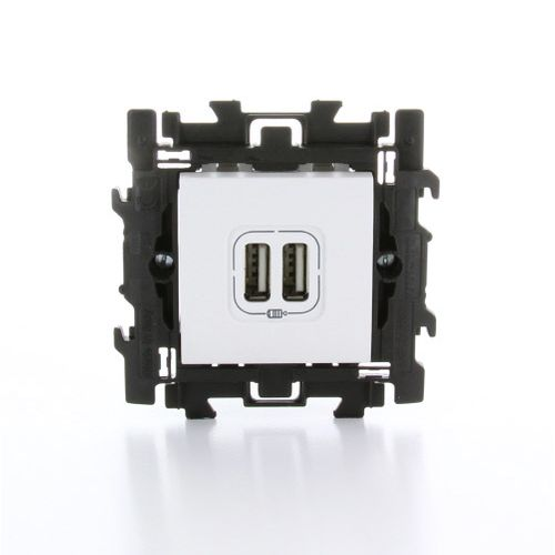Dubbel USBstopcontact 'LivingLight' te klipsen wit