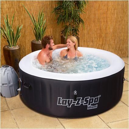 Lay-Z-Spa hot tub Miami