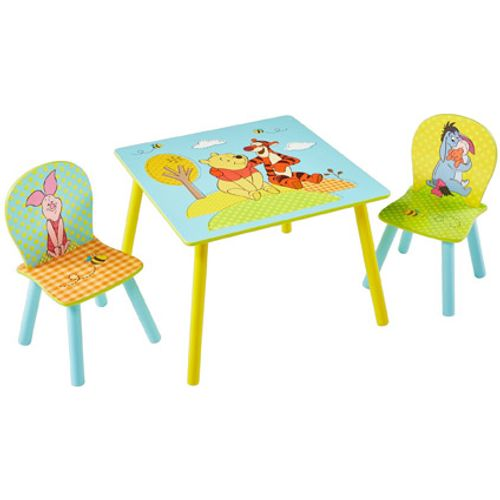Tafel met twee stoeltjes van Winnie de Poeh