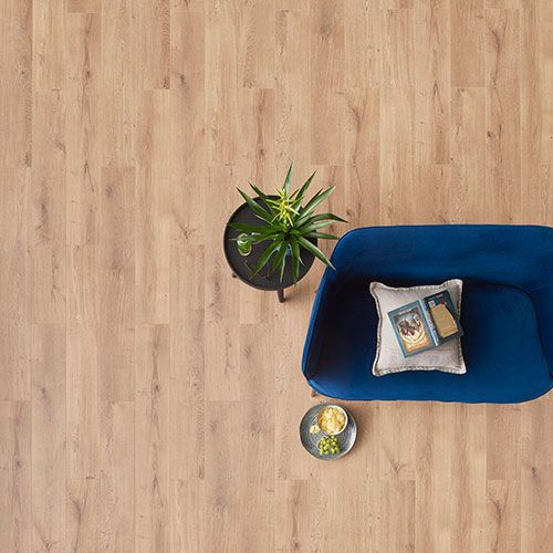 Parquet stratifié DecoMode Lions Nancy 8mm 1,980m²