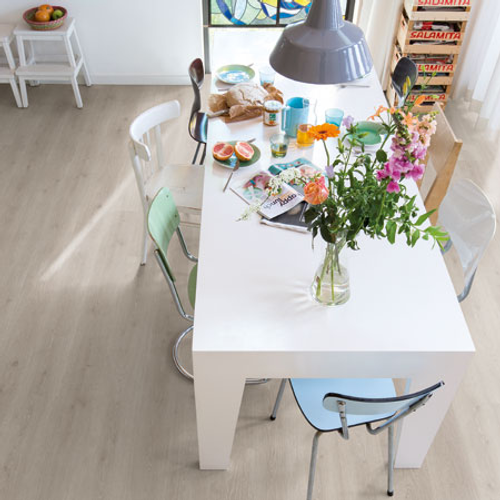Sol stratifié Quick-Step Preciosa chêne gris patiné 7mm 1,82m²